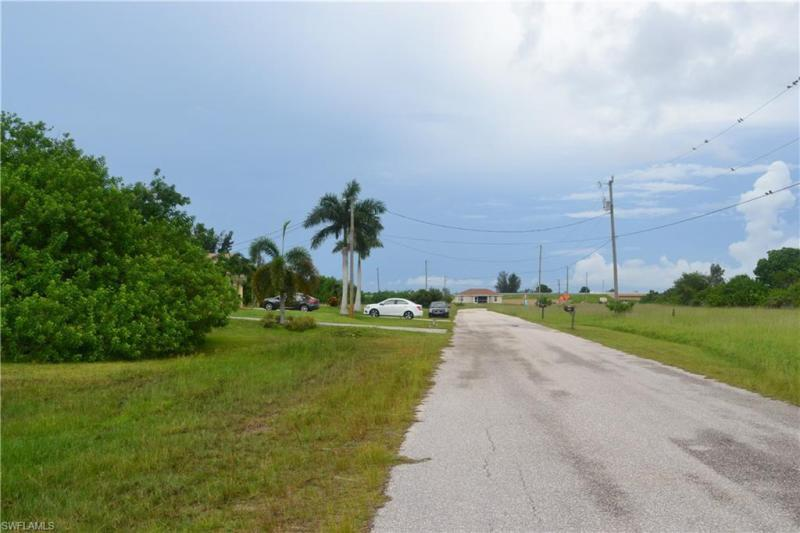 2908 Nw 9th Street, Cape Coral, Fl 33993