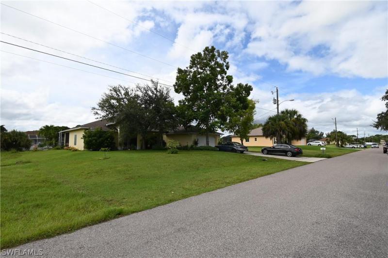 840 Sw 18th Street, Cape Coral, Fl 33991