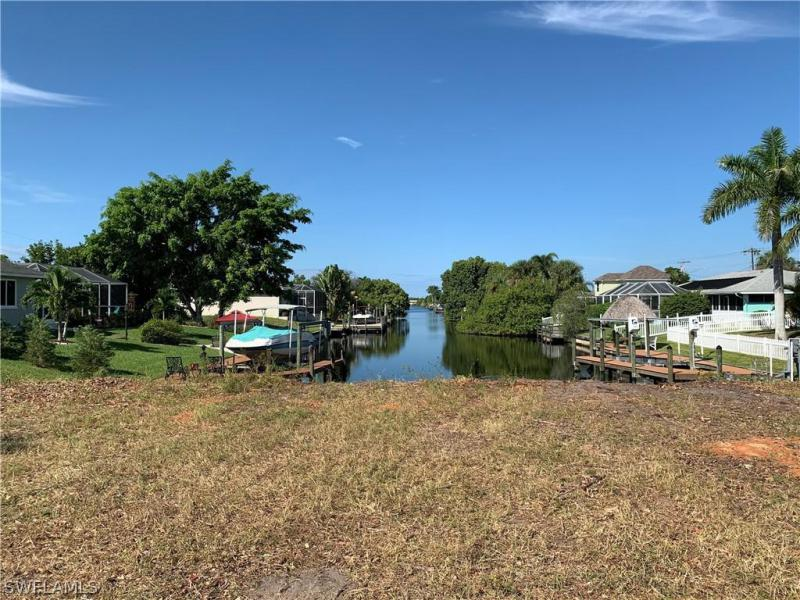 4008 Pelican Boulevard, Cape Coral, Fl 33914