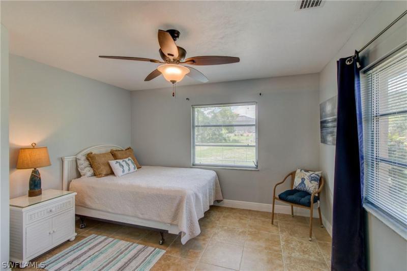 27223 Barefoot Lane, Bonita Springs, Fl 34135
