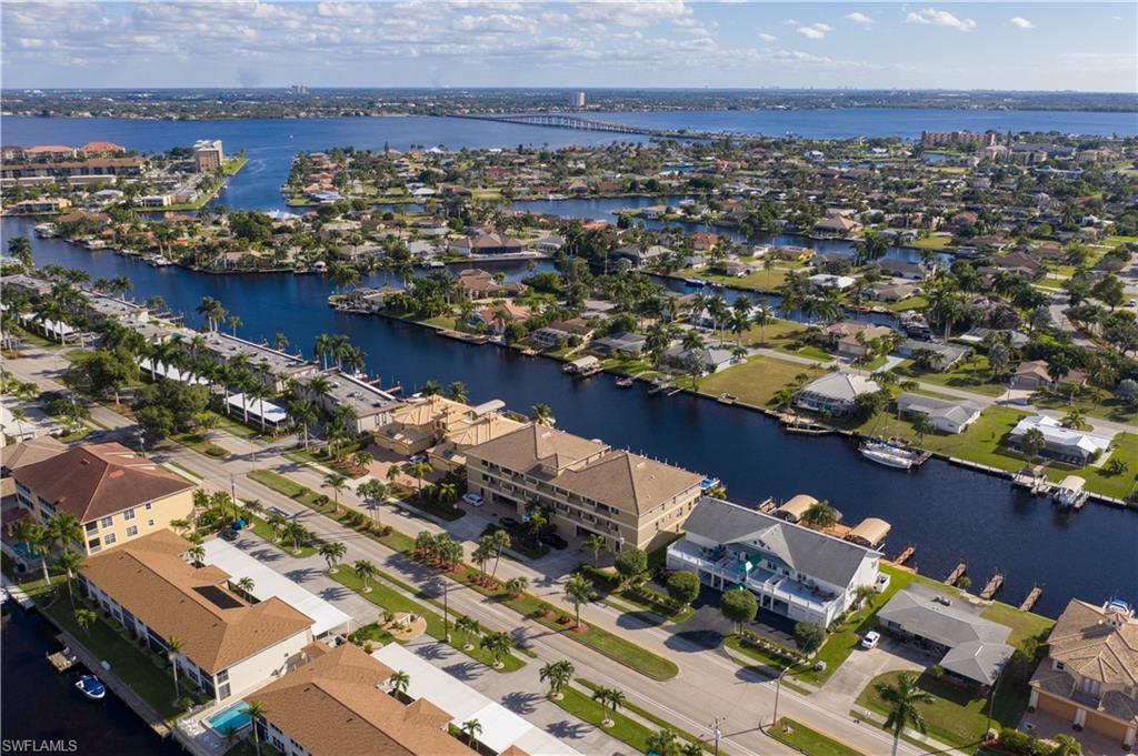 For Sale in BEACH BAY VILLAS CAPE CORAL FL