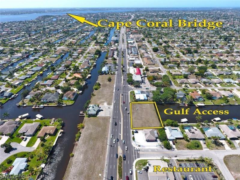 3212 Del Prado Boulevard, Cape Coral, Fl 33904