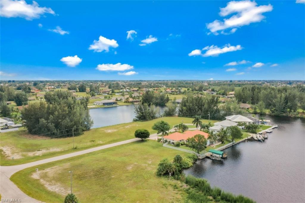 2314 Nw 44th Place, Cape Coral, Fl 33993