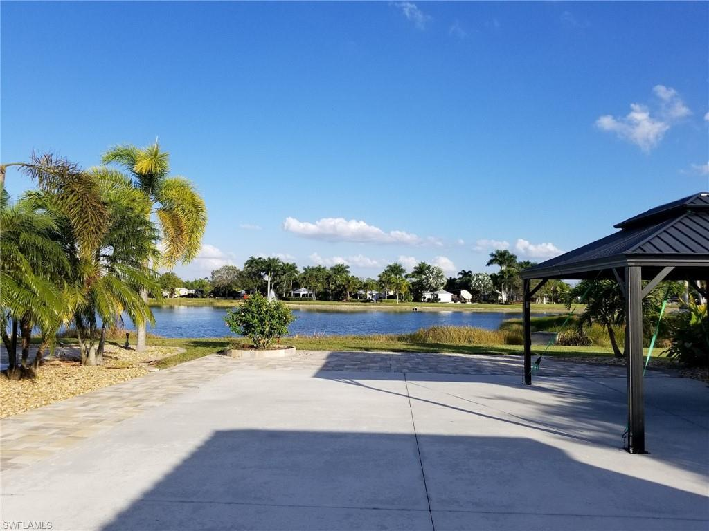 5761 Cypresswoods Resort Drive, Fort Myers, Fl 33905