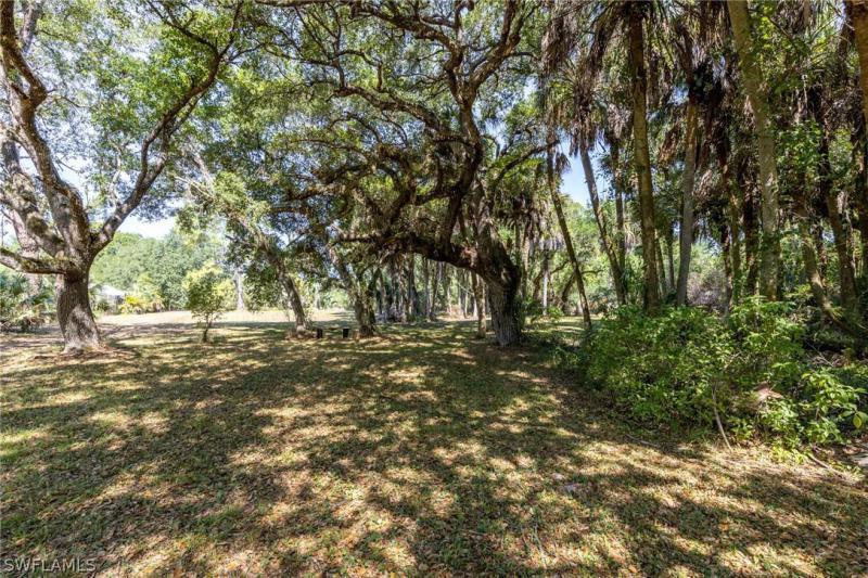 4870 Goebel Drive, Fort Myers, Fl 33905
