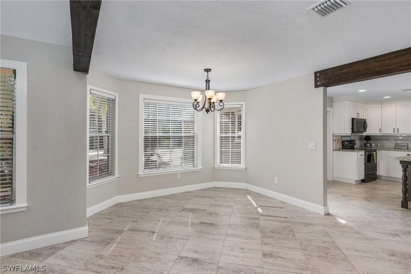 15840 S Pebble Lane, Fort Myers, Fl 33912