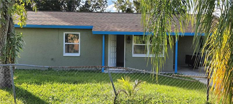 For Sale in NOT APPLICABLE FORT MYERS FL