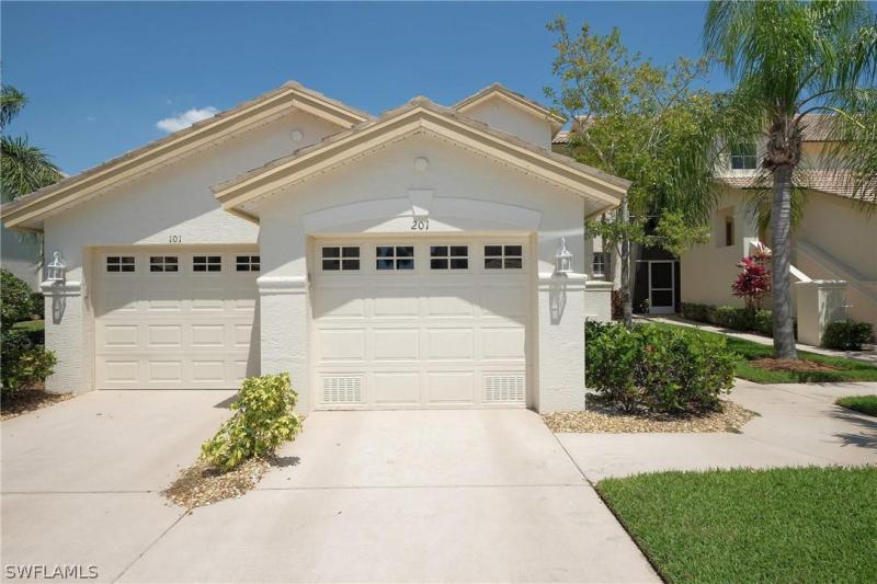 9200 Bayberry Bend #201, Fort Myers, Fl 33908