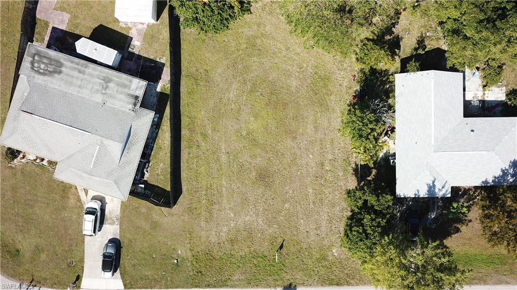 1723 Sandy Circle, Cape Coral, Fl 33904