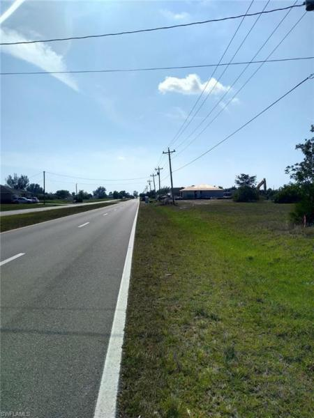 2521 Diplomat Parkway, Cape Coral, Fl 33993