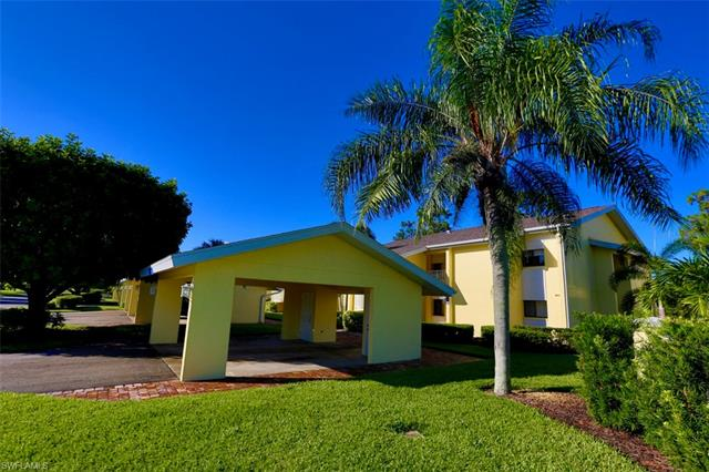 For Sale in CARRIEDALE GARDENS Fort Myers FL