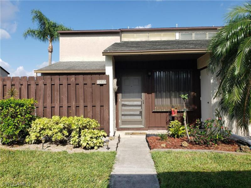 For Sale in SANDALWOOD ESTATES FORT MYERS FL
