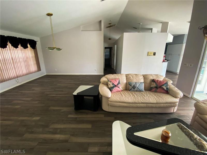 206 Sw 45th Terrace, Cape Coral, Fl 33914