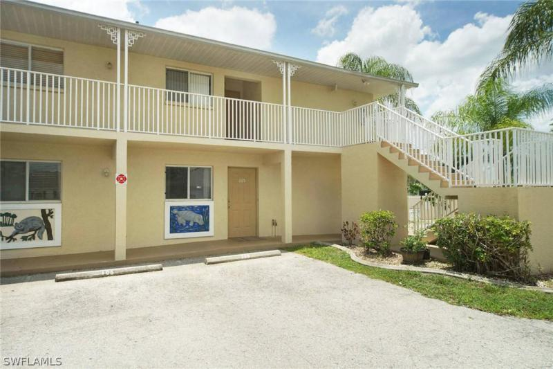 For Sale in CAPE VILLAGE CONDO CAPE CORAL FL