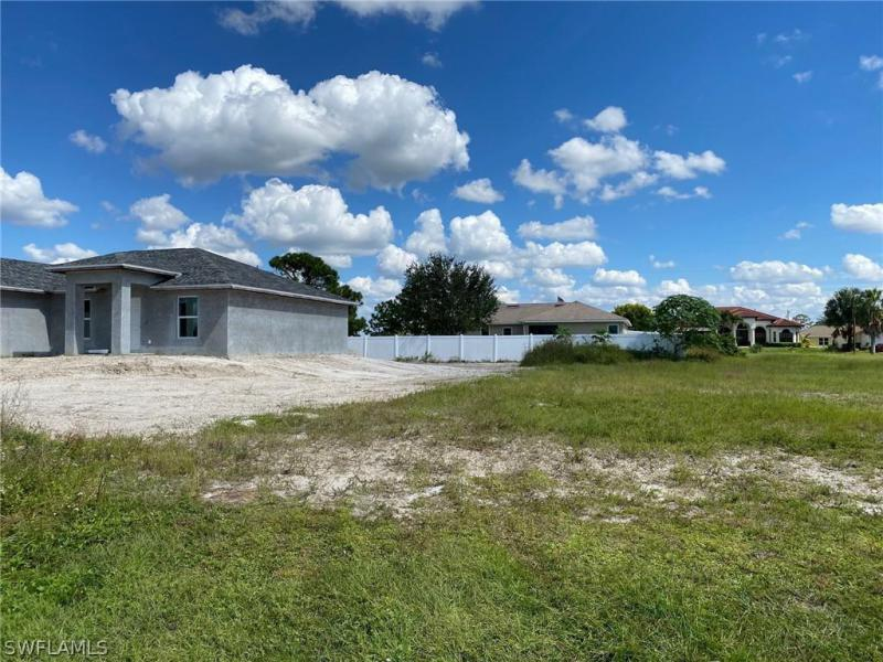2135 Nw 17th Avenue, Cape Coral, Fl 33993