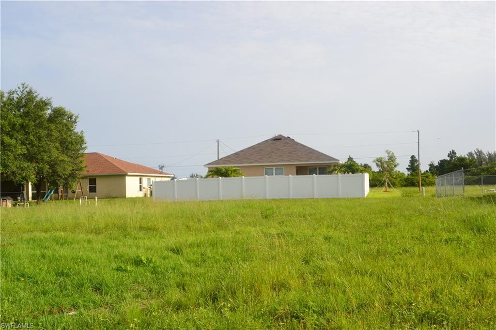 2421 Nw 8th Terrace, Cape Coral, Fl 33993