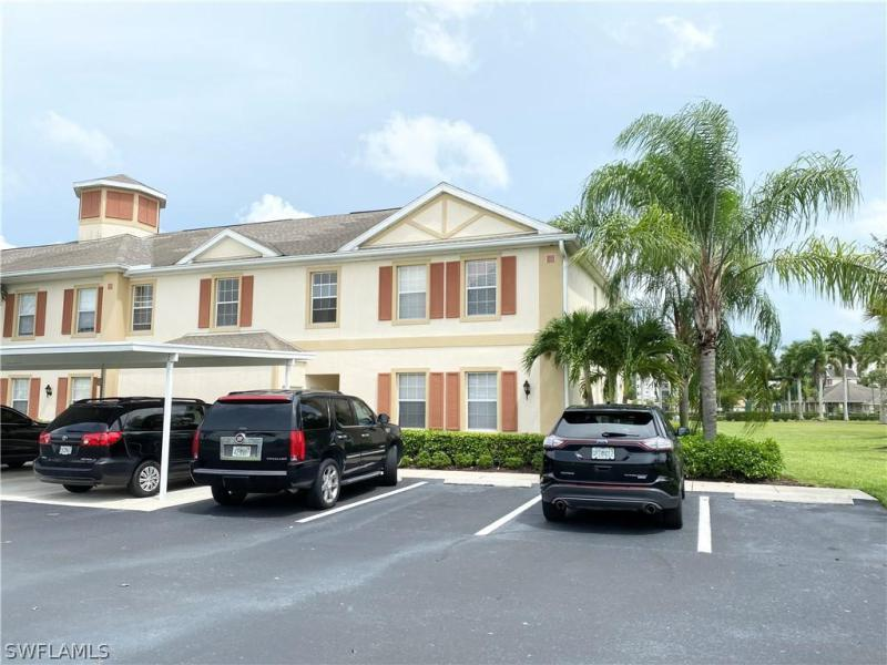 For Sale in LIRON PLACE FORT MYERS FL
