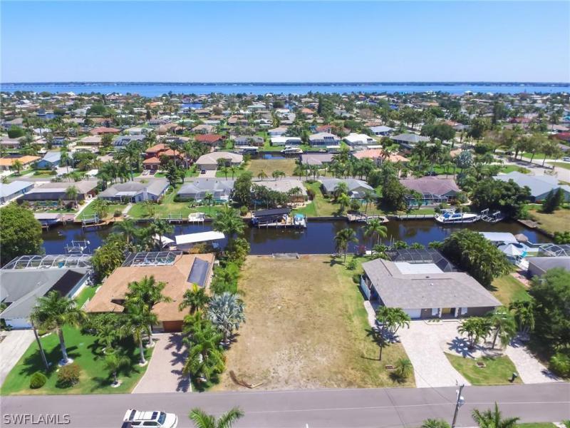3343 Se 17th Place, Cape Coral, Fl 33904