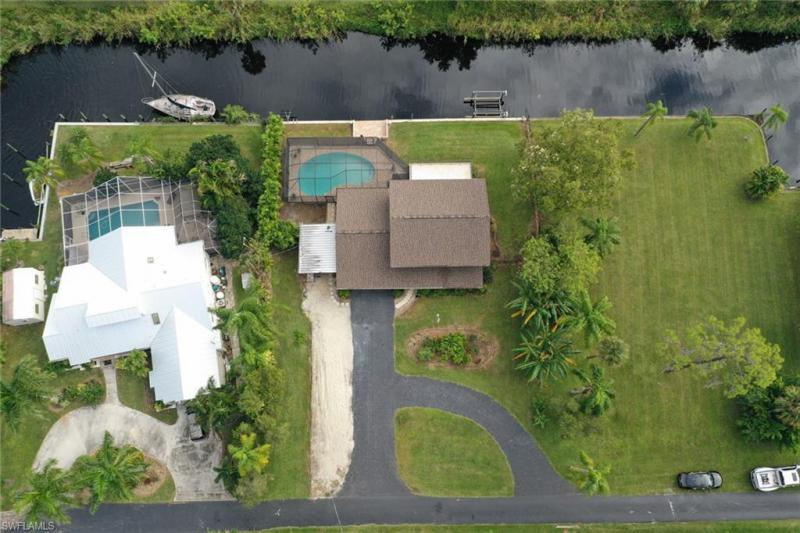 1831 Seminole Harbor Drive, Alva, Fl 33920