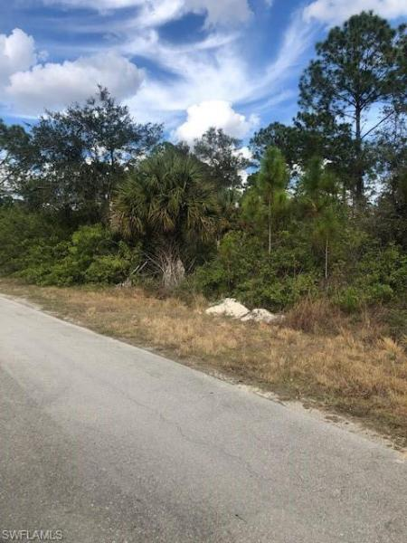 2106 Robert Avenue, Alva, Fl 33920