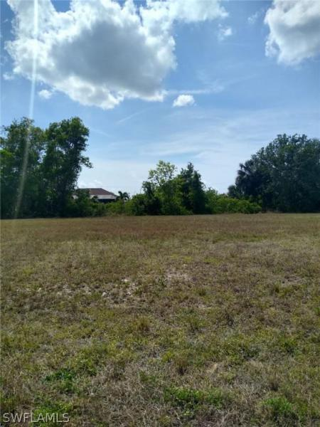 2012 Nw 6th Place, Cape Coral, Fl 33993
