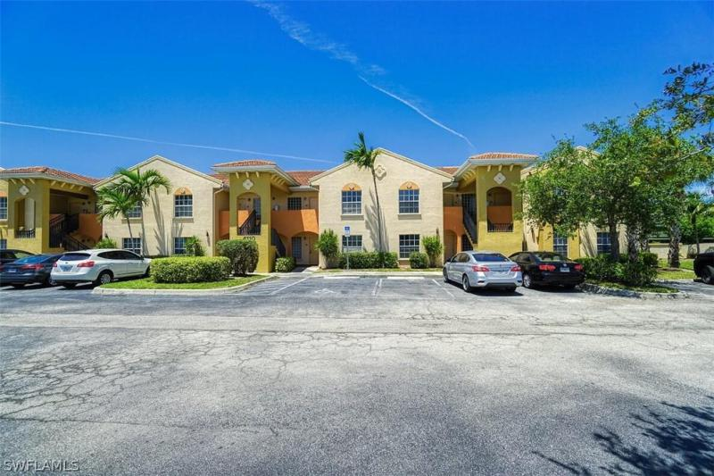 For Sale in THE VILLAS AT VENEZIA Fort Myers FL