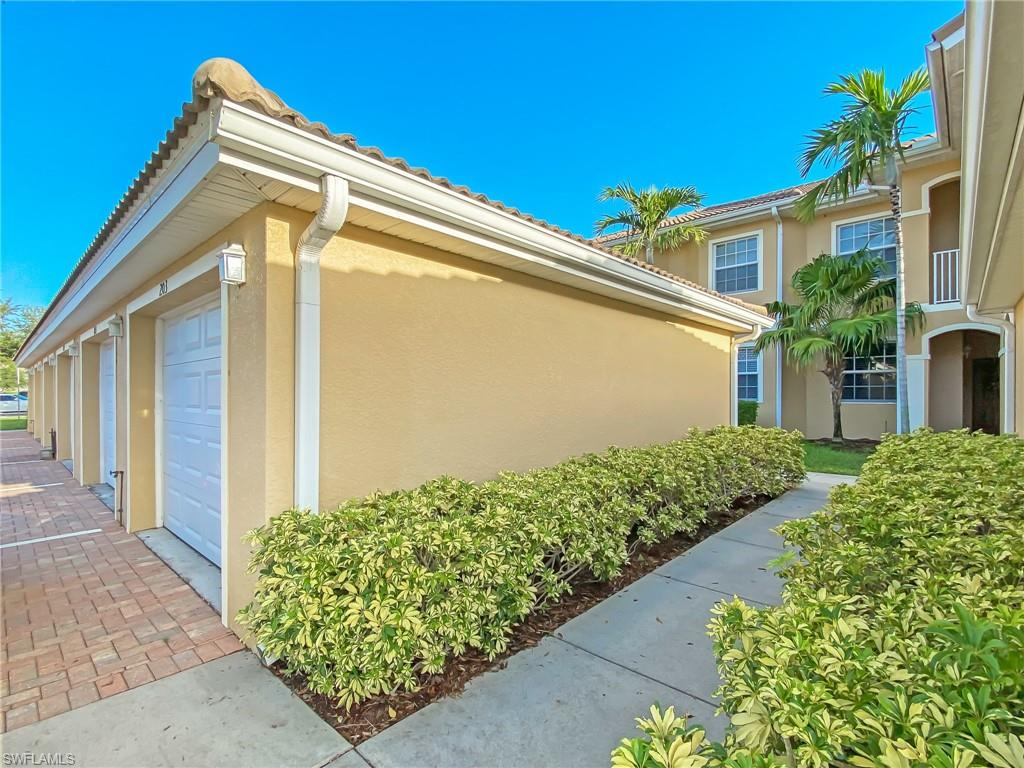 1101 Winding Pines Circle #202, Cape Coral, Fl 33909