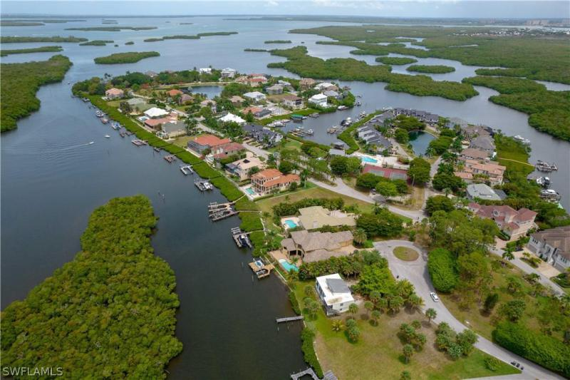 For Sale in JONATHAN HARBOUR FORT MYERS FL