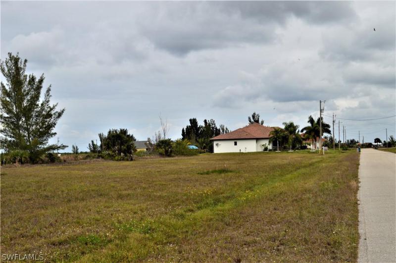 2804 Nw 46th Avenue, Cape Coral, Fl 33993