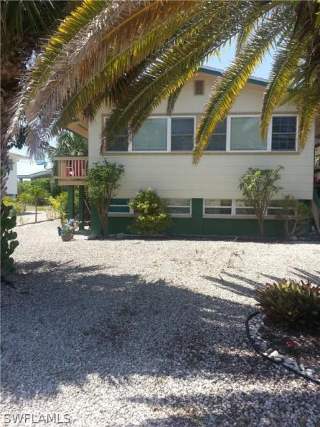 105 Andre Mar Dr, Fort Myers Beach, Fl 33931