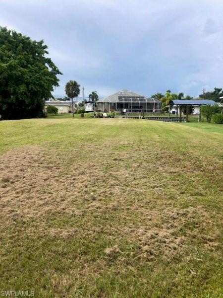 For Sale in RIVERBEND NORTH FORT MYERS FL