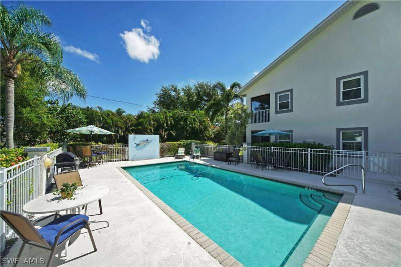 615 Rose Garden Road #3, Cape Coral, Fl 33914