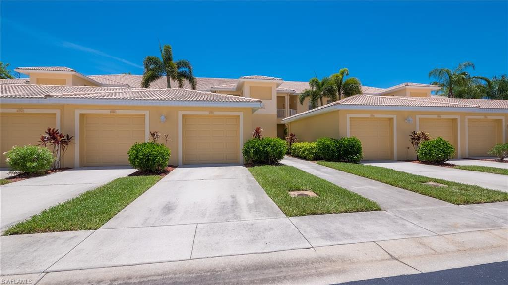 For Sale in LEGENDS GOLF AND COUNTRY CLUB FORT MYERS FL
