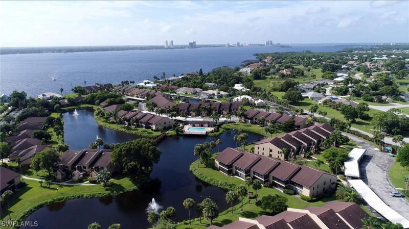 For Sale in ADMIRALTY YACHT & RACQUET CLUB NORTH FORT MYERS FL