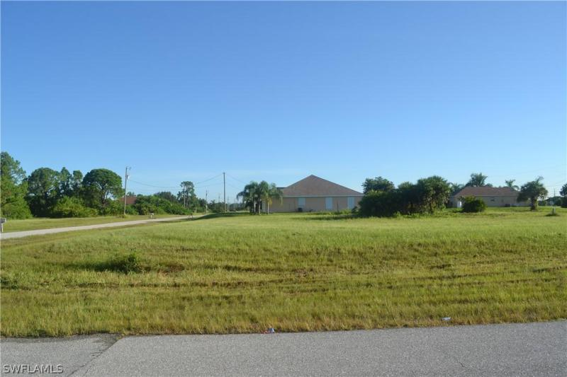 401 Nw 26th Avenue, Cape Coral, Fl 33993