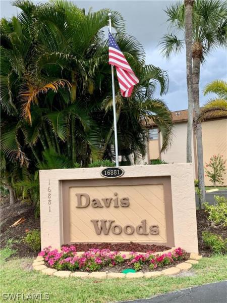 For Sale in DAVIS WOODS CONDOMINIUM FORT MYERS FL