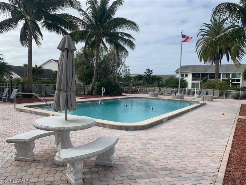 For Sale in CYPRESS LAKES MANOR SOUTH FORT MYERS FL