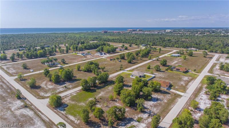 4709 Nw 38th Place, Cape Coral, Fl 33993