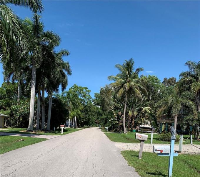 7349 Pomegranate Drive, Bokeelia, Fl 33922