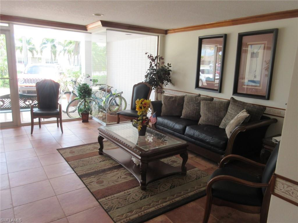 4802 Tudor Drive #204, Cape Coral, Fl 33904