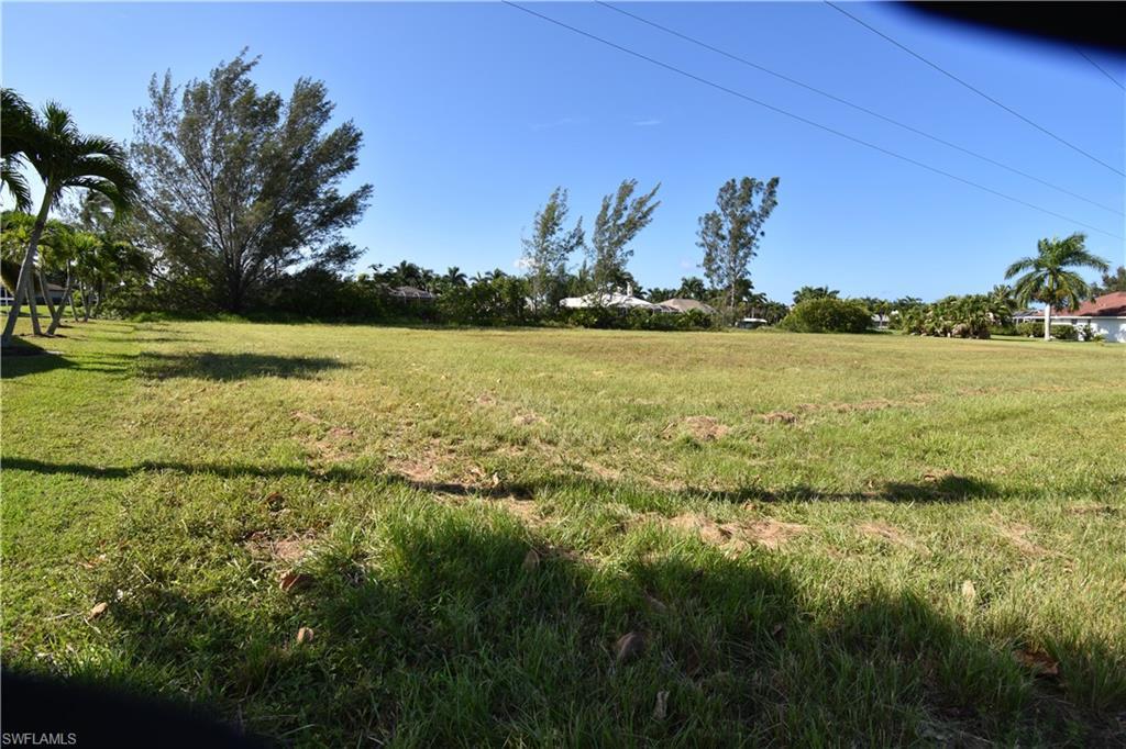 2542 Sw 40th Terrace, Cape Coral, Fl 33914