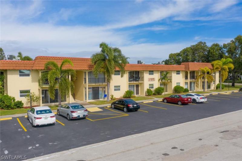 For Sale in EL MIRADOR CONDOMINIUM FORT MYERS FL