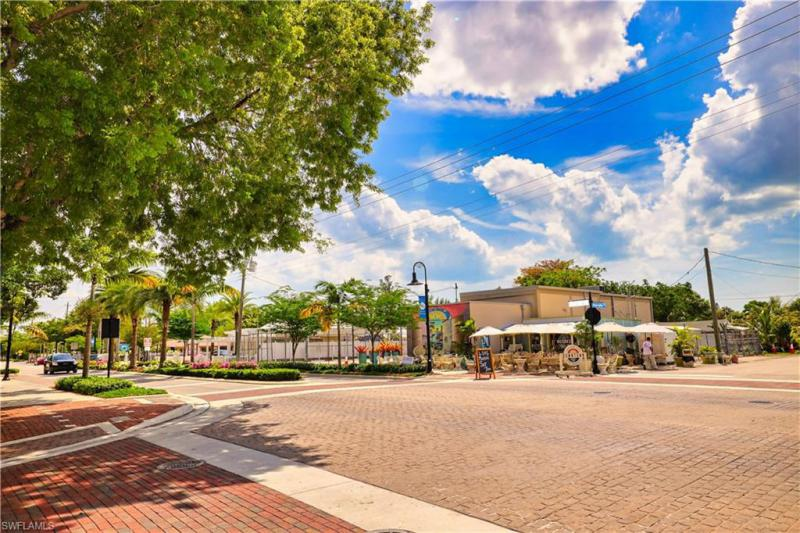 27315 Barbarosa Street, Bonita Springs, Fl 34135