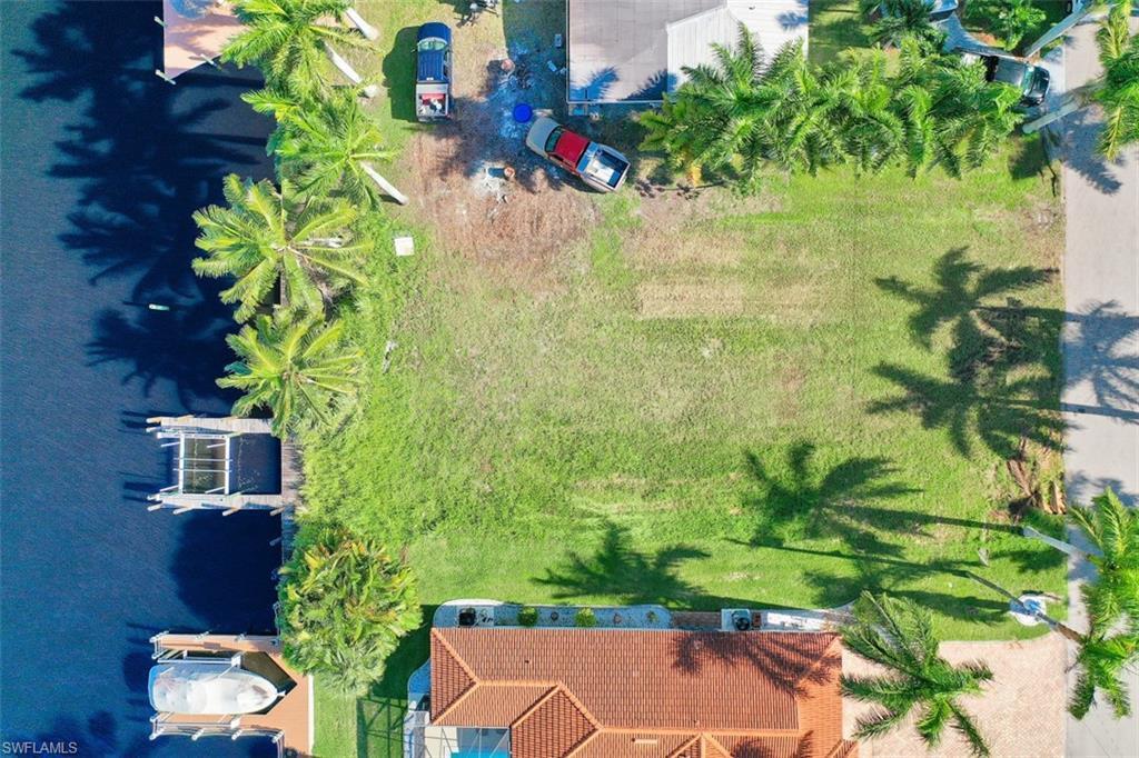 5724 Flamingo Drive, Cape Coral, Fl 33904