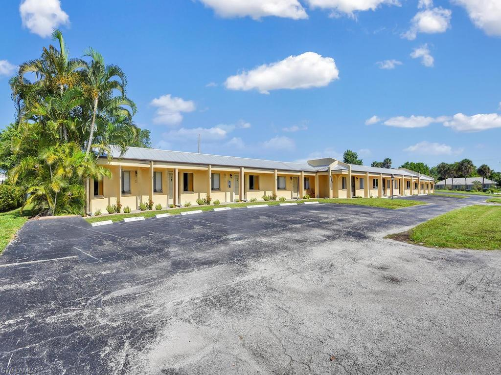 For Sale in PLAZA COUNTRY BLVD CONDO Cape Coral FL