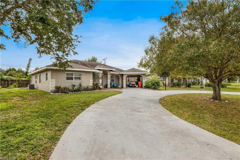 For Sale in SEMINOLE ESTATES FORT MYERS FL