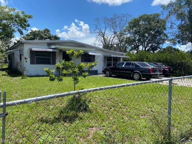 For Sale in BALLARDS ADDITION FORT MYERS FL