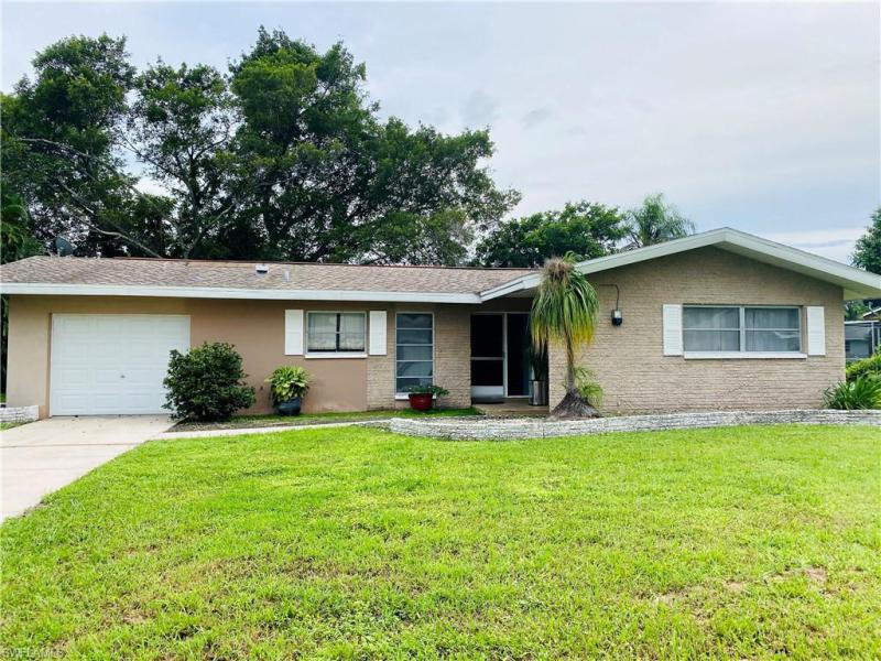 244 Se 45th Street, Cape Coral, Fl 33904
