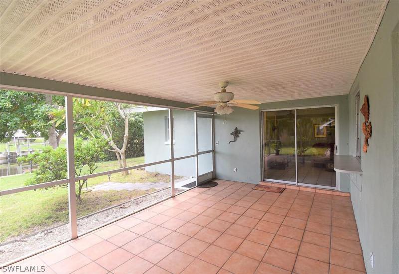 1102 Ne 3rd Street, Cape Coral, Fl 33909