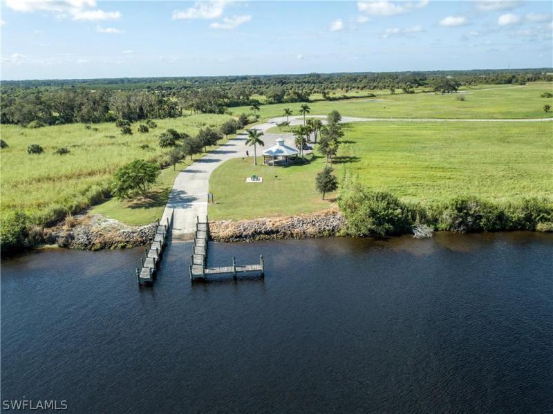 22940 Florida Rosemary Lane, Alva, Fl 33920